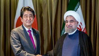 «روحانی» در مجموعه سعدآباد از نخست وزیر ژاپن استقبال کرد